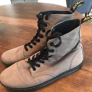 Dr. Martens Shoreditch Combat Boot - Men's Size 9